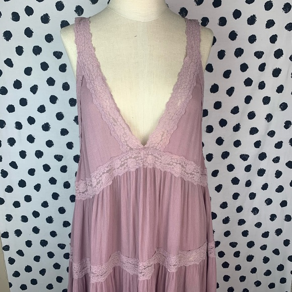 Free People Tops - Free people Lilac Purple Deep V Neck Lace Top